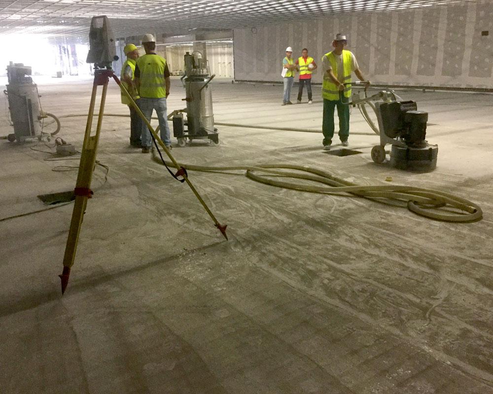 Lankor empresa de pavimentación e impermeabilización de suelos. Pavimentos industriales, deportivos, garajes de comunidades